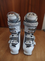 Lyžařské boty Salomon Divine 25.5 s integrovaným v - titulní fotka