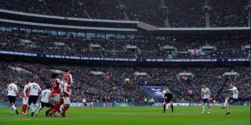Tottenham vs Arsenal Pecahkan Rekor Penonton di Stadion