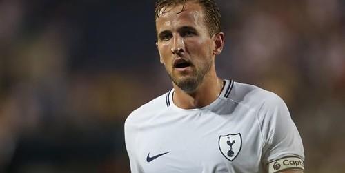 Kane: saya ingin mengalahkan Messi dan Ronaldo setiap tahun