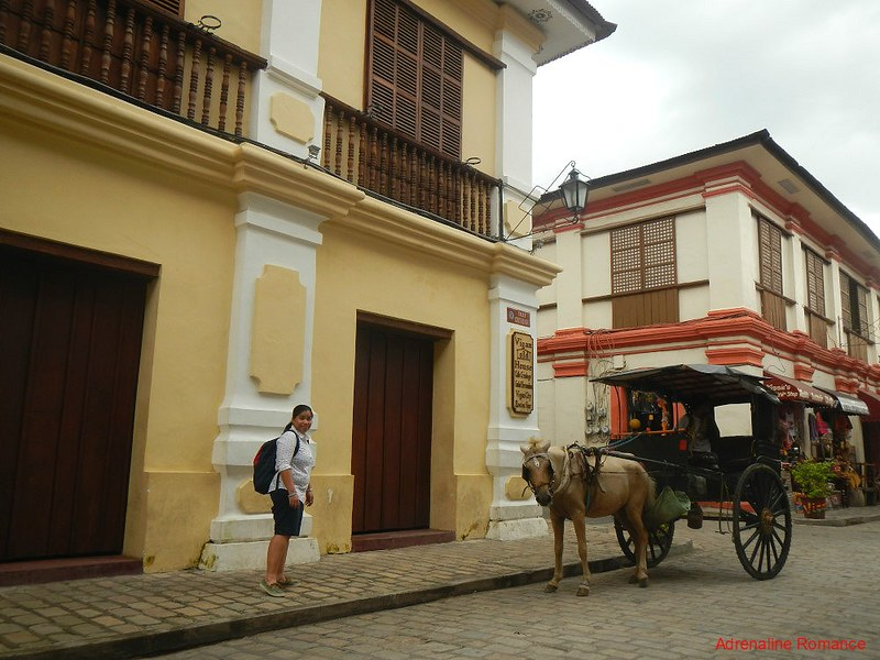 Calle Crisologo and Calesa