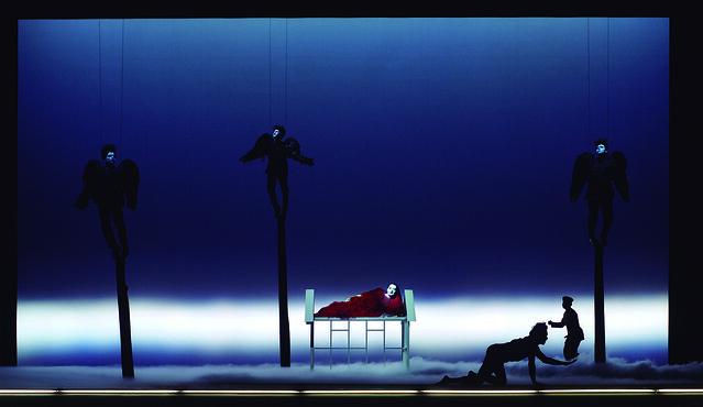 (c) Javier del Real - Vida y muerte de Marina Abramovic (Robert Wilson y Marina Abramovic), 2012