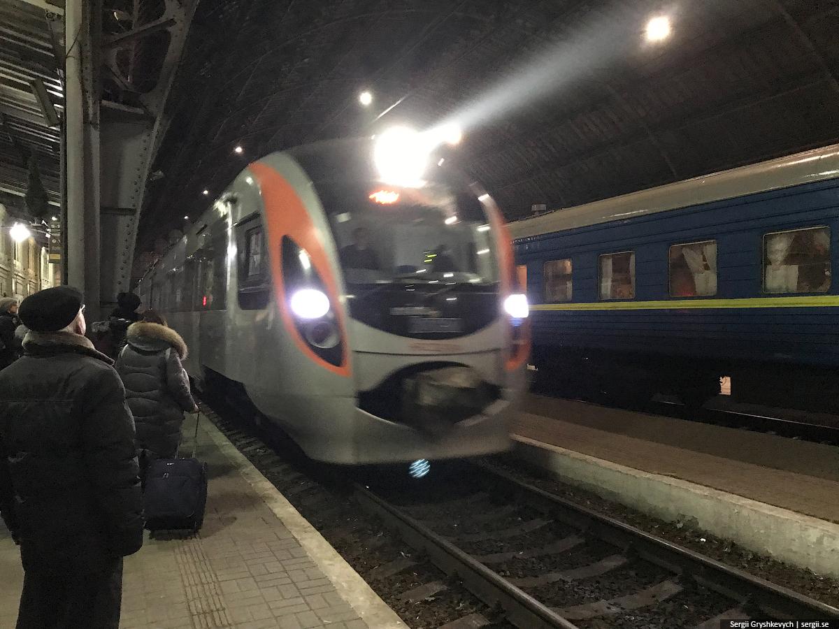 trains-in-ukraine-19
