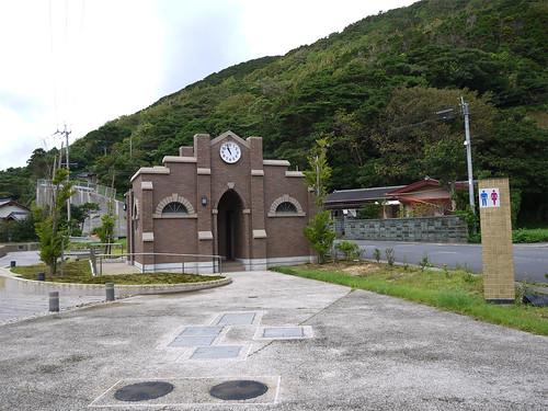 堂崎教会駐車場のトイレが可愛い