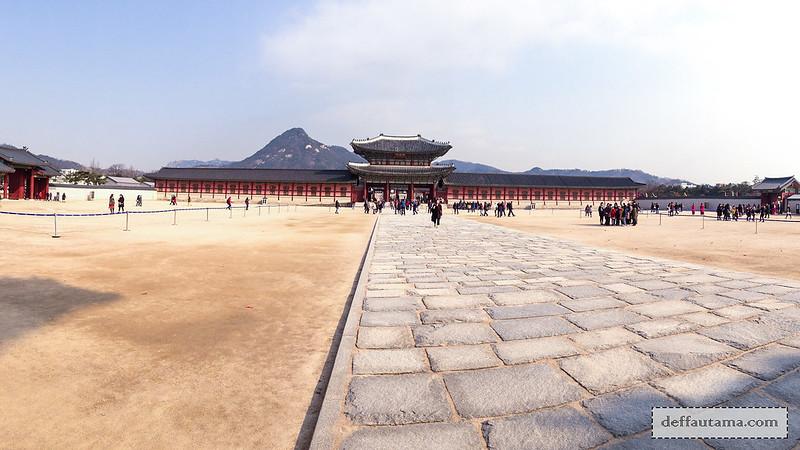 5 hari di Seoul - Pelataran Gwanghamun Gate