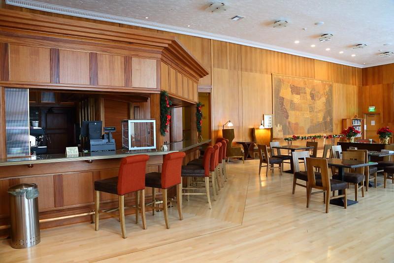 IMG_3750 Mammoth Hot Springs Hotel