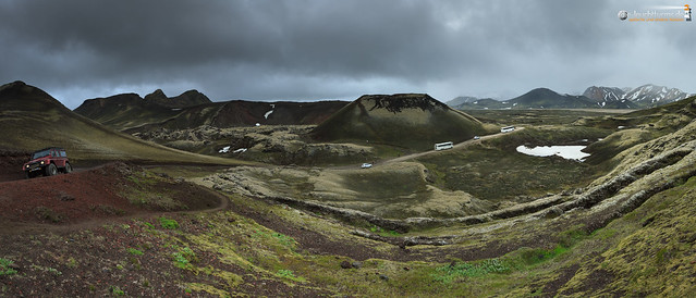 Much traffic towards Landmannalaugar