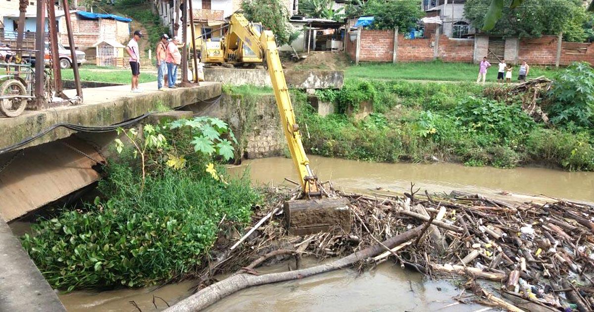 Se evacúa palizada en el sector de Dos Bocas en Chone