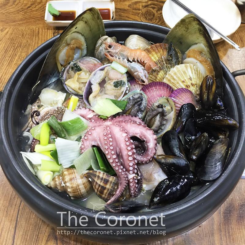 [食记] 韩国巨济 海味村 鲜甜海鲜铁盘火锅海鲜锅