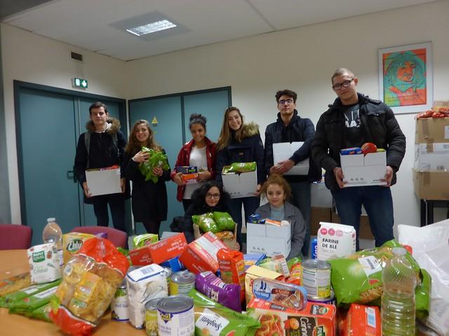 1 641 kg de denrées collectées pour la banque alimentaire au lycée René Descartes