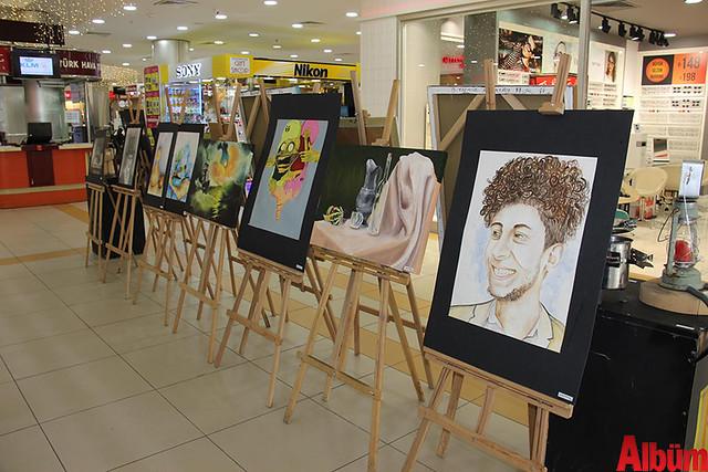 Türkler Güzel Sanatlar Lisesi'nin öğretmenleri öncülüğünde öğrencilerin yeteneklerini göstermek amacıyla düzenlenen sergi Alanyum AVM'de açıldı. -4