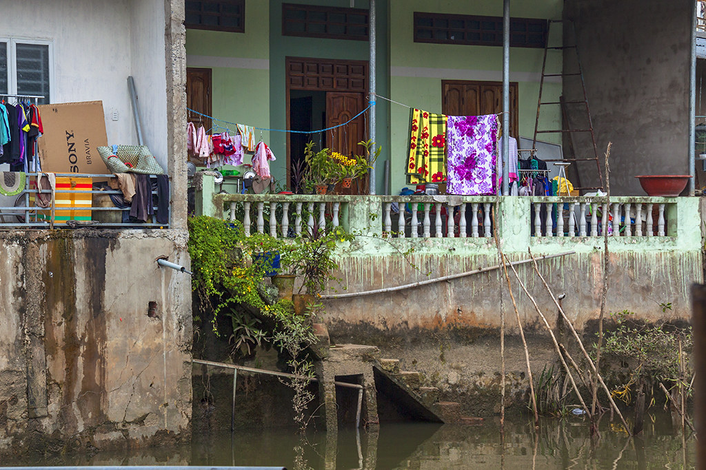 Back of houses--Ben Tre