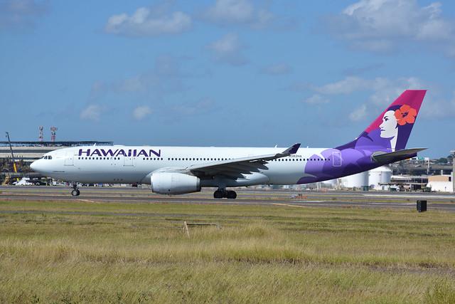 DSC_0383-HAWAIIAN A330, Nikon D7100, AF Zoom-Nikkor 28-70mm f/3.5-4.5D