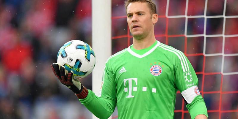 Kiper Bayern Munchen Neuer liburan untuk membantu pemulihan cedera
