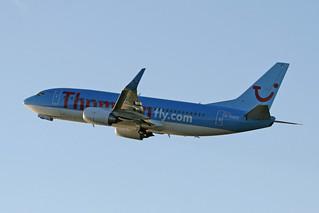 Thomsonfly G-THOO B737-300 CVT(4)