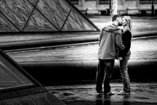Icy Kiss, Louvre Museum, Paris, 2015