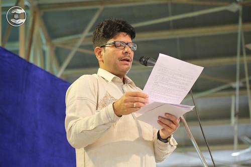 Stage Secretary, Rakesh Mutreja from Avtar Enclave