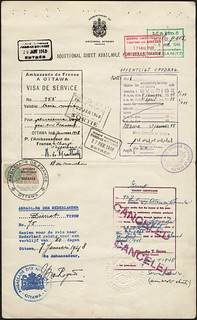 Collective Passport Certificate of the 19 members of the Olympic Hockey Team: Boucher to Watson. Page 6, 1948 / Certificat collectif pour les 19 membres de l'équipe olympique de hockey, de Boucher à Watson. Page 6, 1948