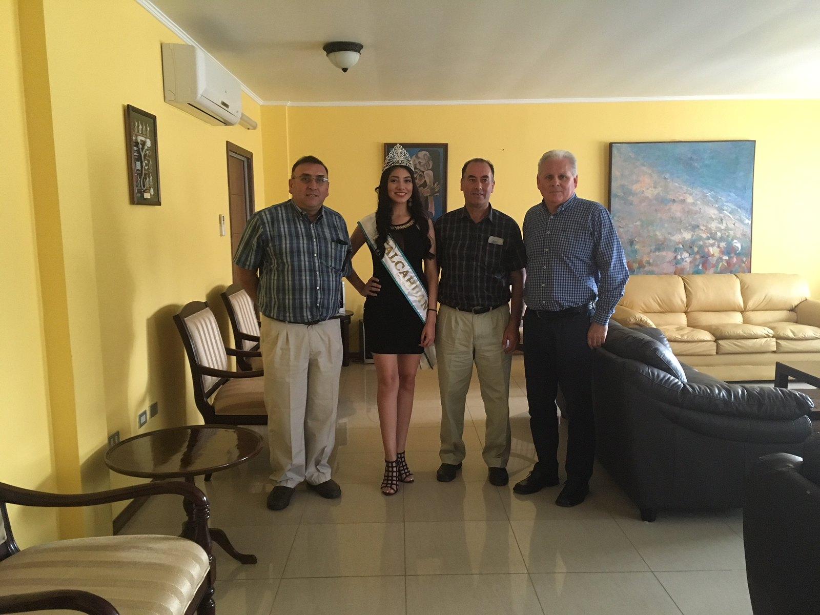 """Miss  Talcahuano 2017"" visita el CDH"