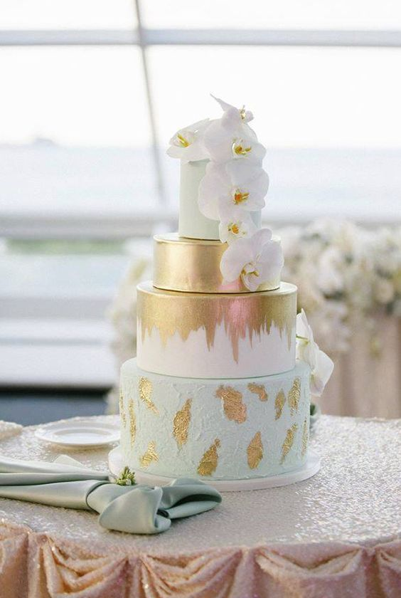 Wedding Cakes : Wedding cake idea; Featured Photographer: Kina Wicks Photography, Featured Cake:...
