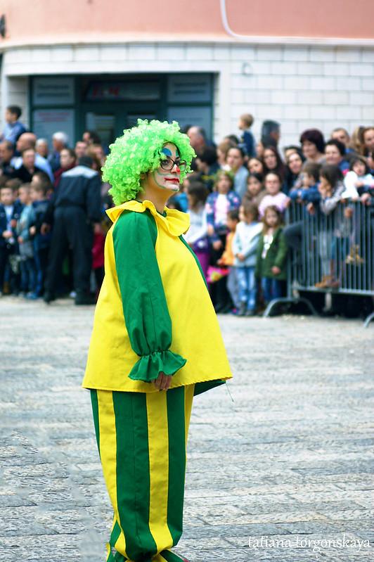 Клоун на Детском цветочном шествии