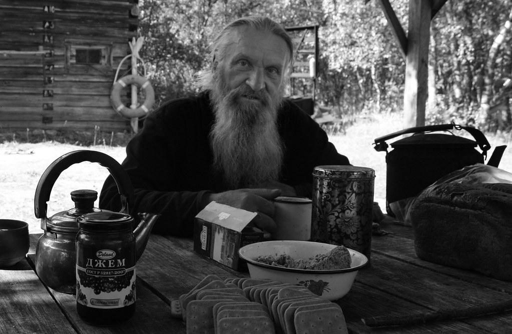 15. Otec Nikolay