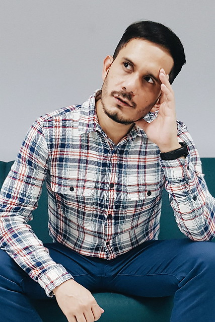 halfwhiteboy - plaid shirt and colored pants 03