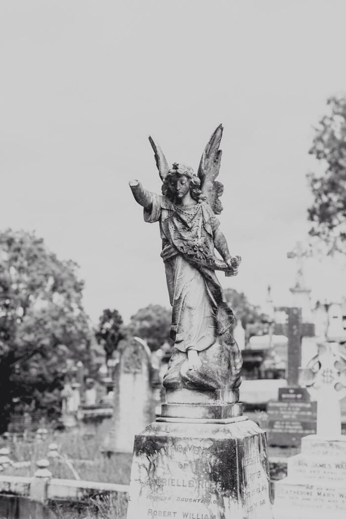 Toowong Cemetery - broken arm