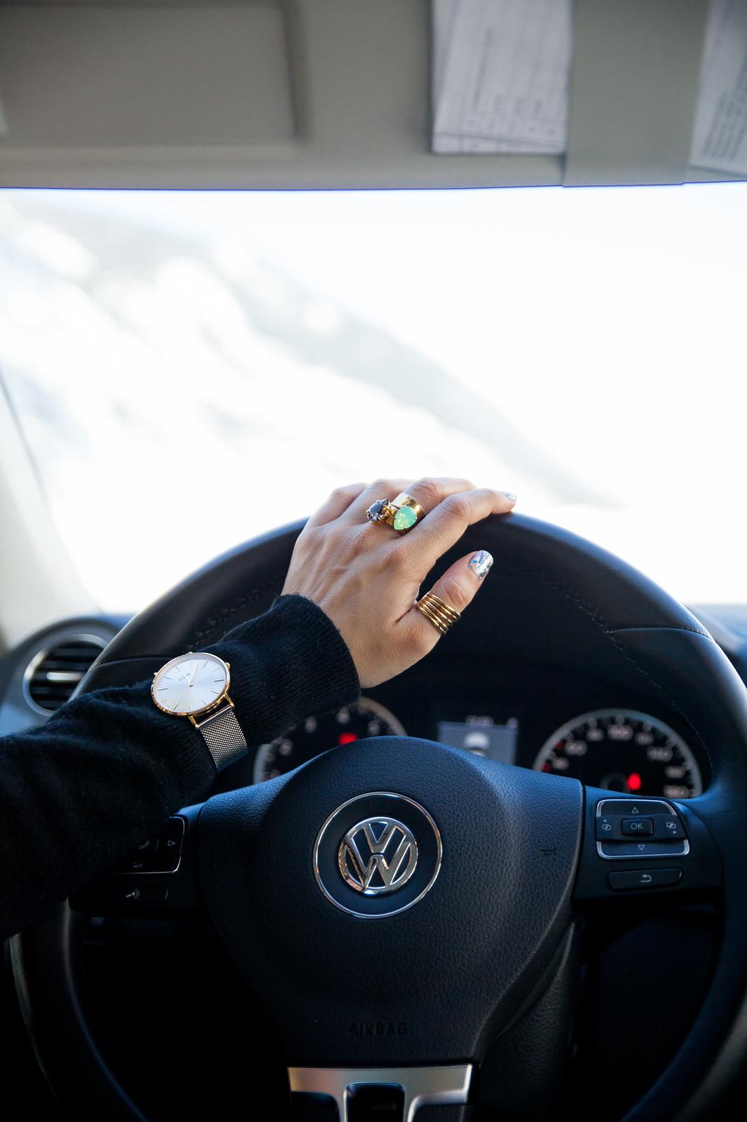 DRIVY LA APP PARA ALQUILAR COCHES ENTRE PARTICULARES theguestgirl cluse caroline svedbom sweeden influencer barcelona nails art uñas holograficas barcelona blogger de coches de lujo