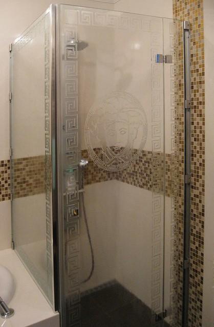umělecké sklo sprcha