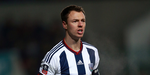 Pardew menegaskan Evans tetap kapten West Brom
