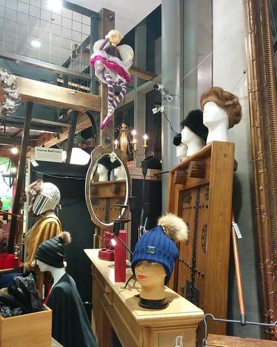 Heads #toronto #distillerydistrict #gwgeneral #heads #mannequin #latergram