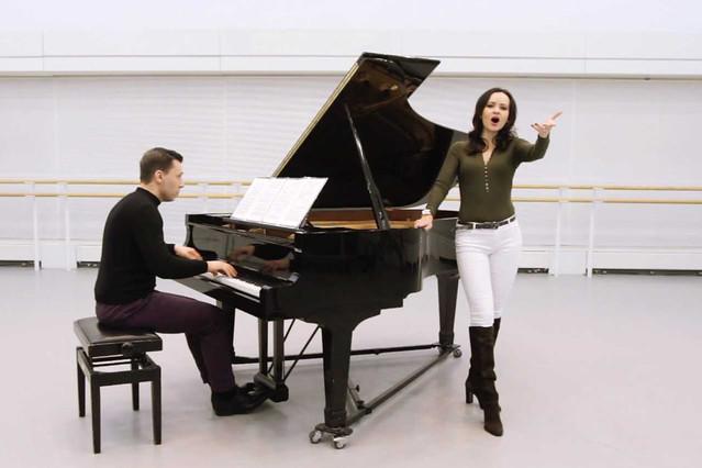 Anna Goryachova performing Carmen's Habanera via Facebook Live, 2018 © Royal Opera House