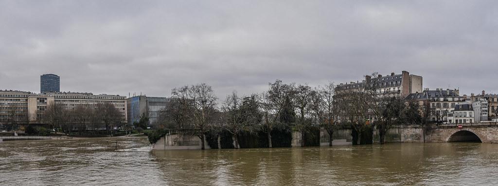 Paris et les crues de la Seine 27890254609_12b985d8b9_b