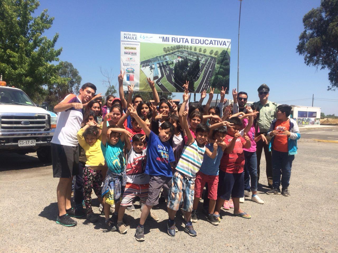 VILLA ALEGRE; Carabineros Gestionan Visita de Niños a Escuela Abierta de Transito