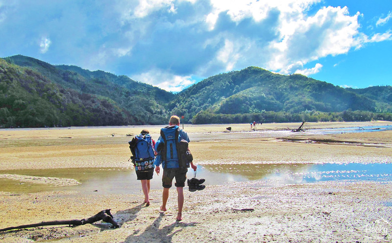 New Zealand Abel Tasman Trek - first tidal crossing