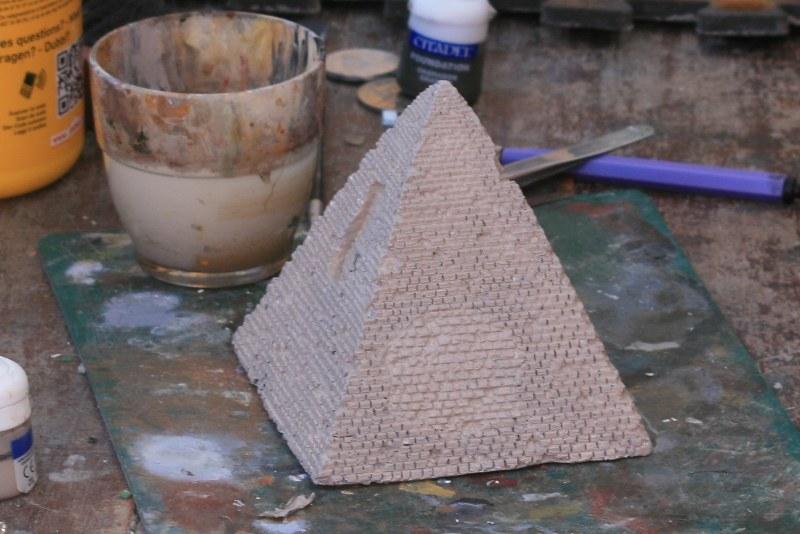 [Décors Aquarium] Une pyramide 39662160062_b093ed15a7_c