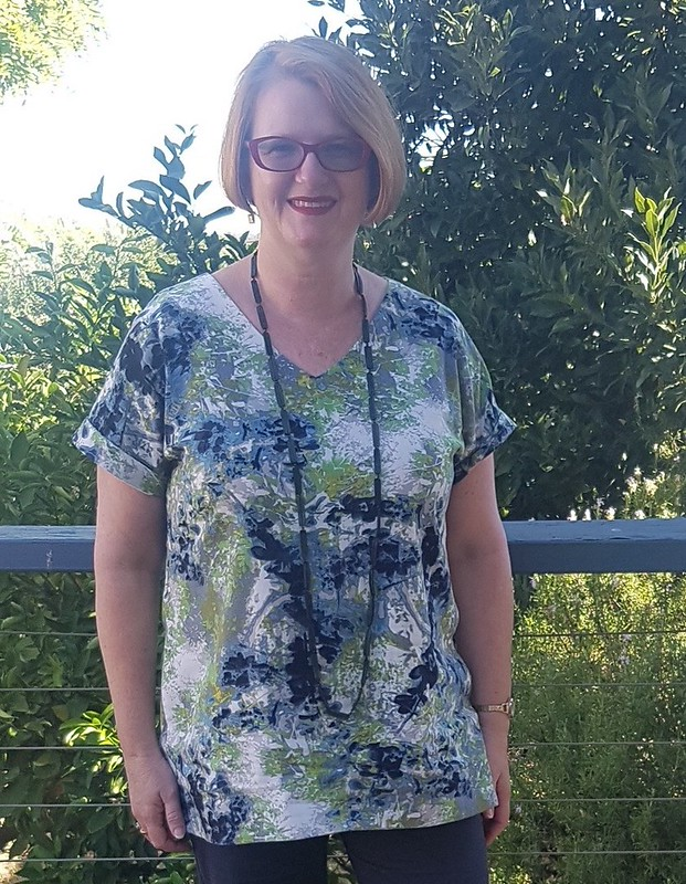 Style Arc Elani tunic in printed linen from Darn Cheap Fabrics
