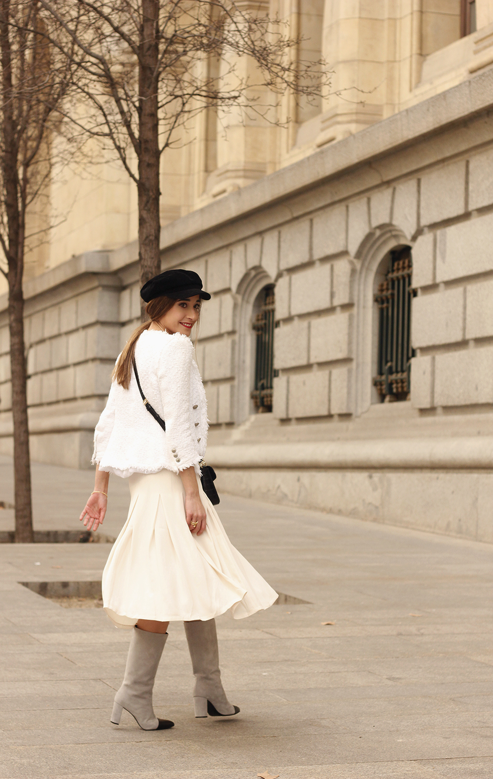 midi blush skirt white tweed jacket givenchy bicolor uterqüe boots winter outfit07