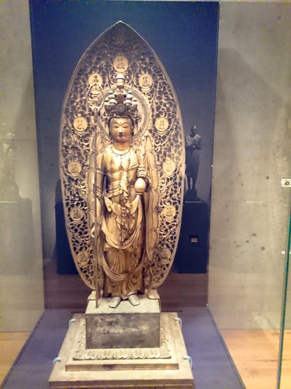重要文化財の長快《木造十一面観音立像》(鎌倉時代)