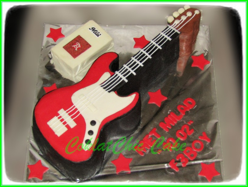 Cake Gitar F3BOY  15cm