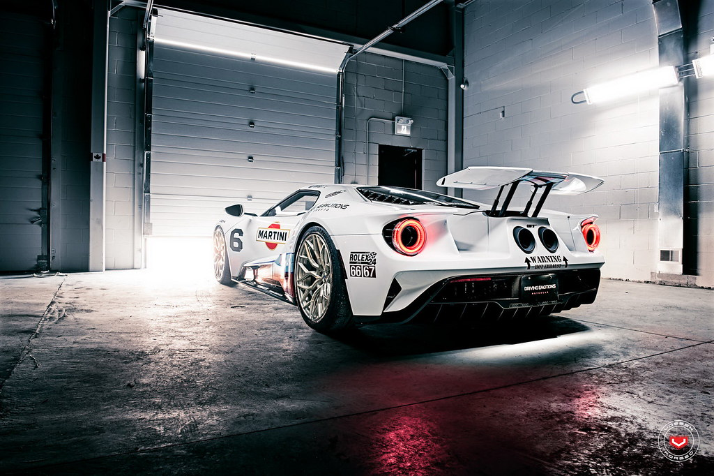 ford-gt-martini-livery-vossen-wheels-7