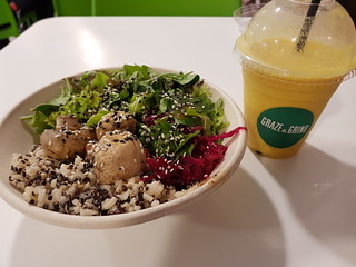 Warm Mushroom Bowl and Turmeric Smoothie from Graze & Grind