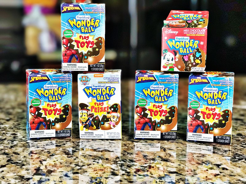 Your Favorite 90s Candy Is Back Wonder Ball The Simple Moms