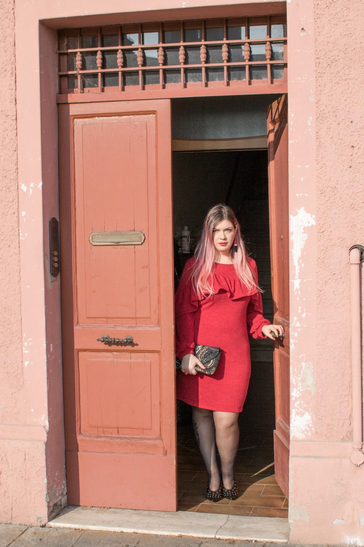 Outfit plus size per san valentino, rosso e nero (6)
