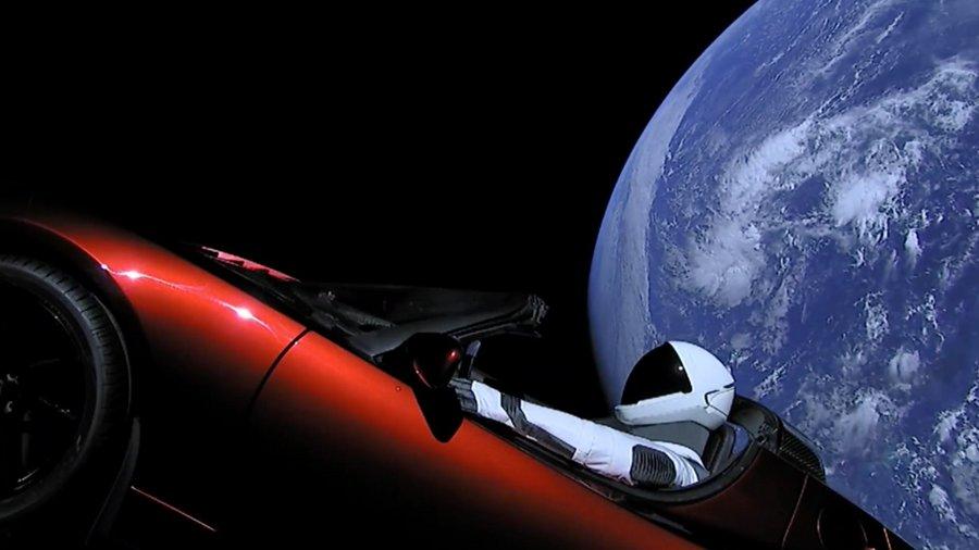 Elon Musk nous révèle ses impressions dans l'aventure spatiale de Starman