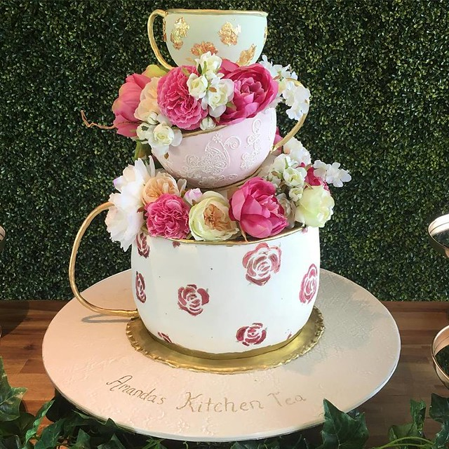 Cake by Laura Anne - Designer Cakes & Sweet Treats