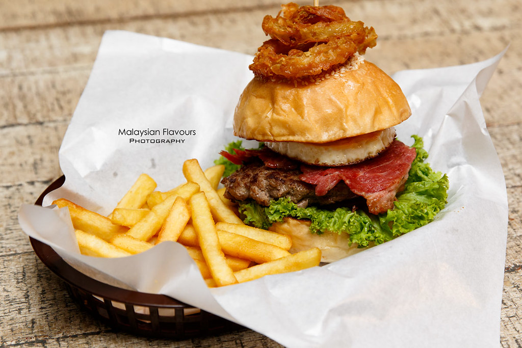 Don's Warong burger