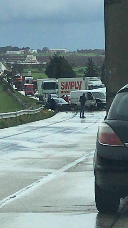 incidente stradale statale 100