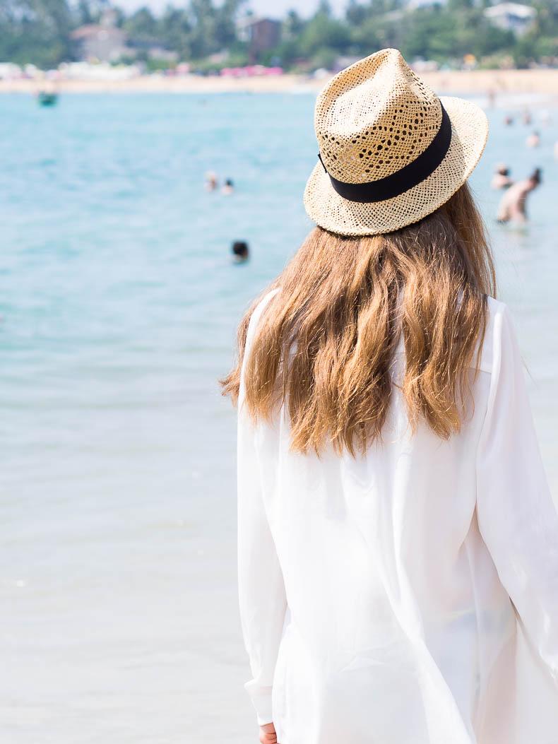 la-mar-bikini-unawatuna-beach-sri-lanka