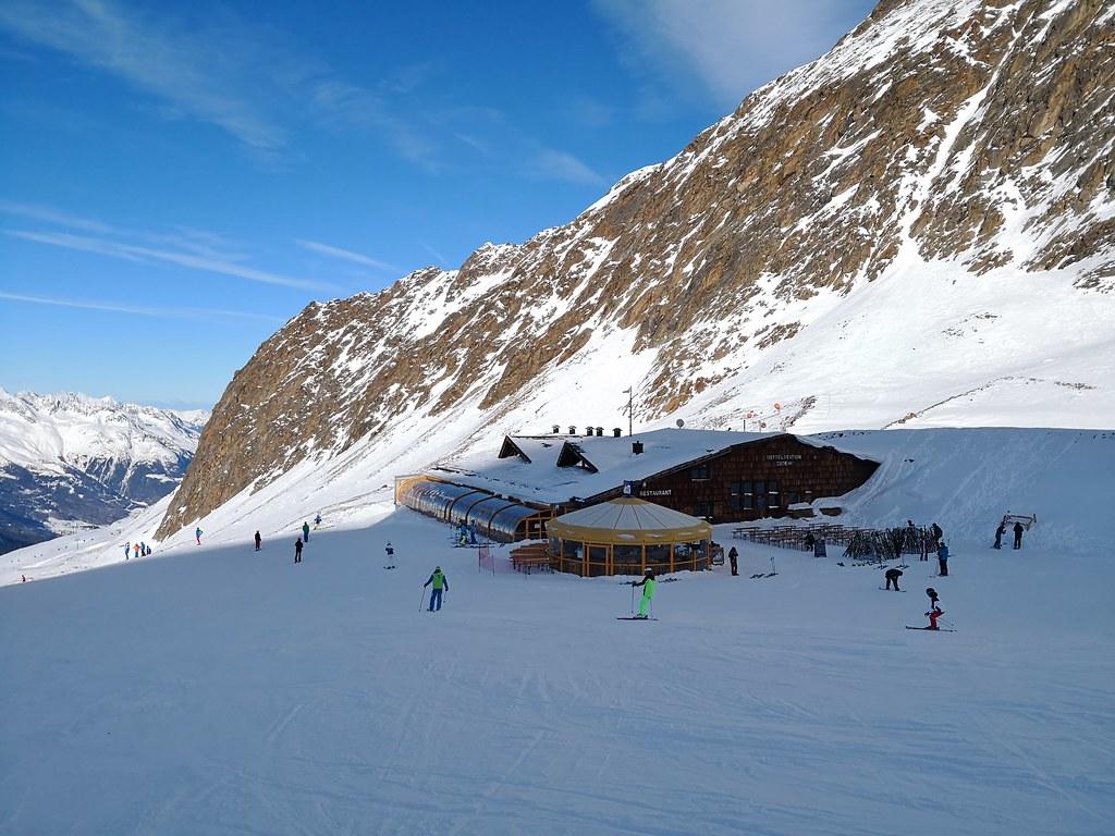 Wurmkoglhütte Mittelstation at 2,806m